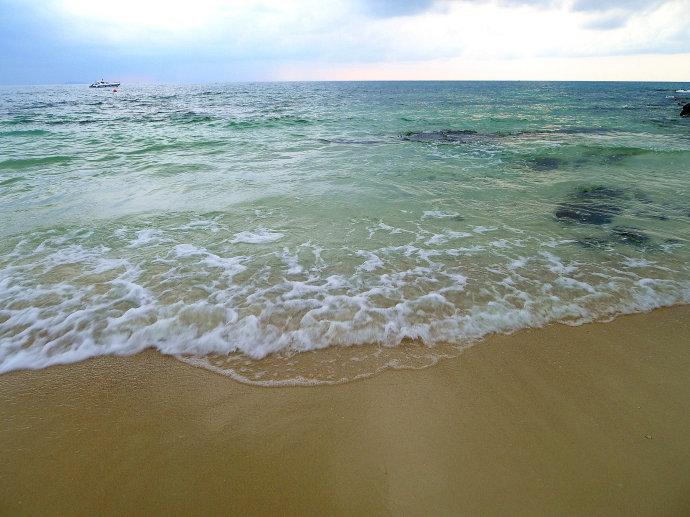 宁静海滩:泰国沙美岛