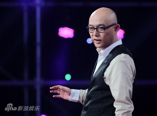 [分享]孟非非诚勿扰舞台摔断左手