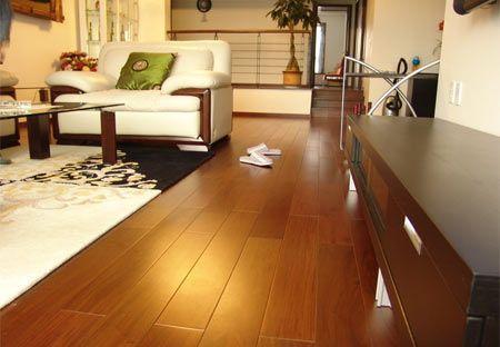 实木地板选购有策略 业内人士提供选购指南