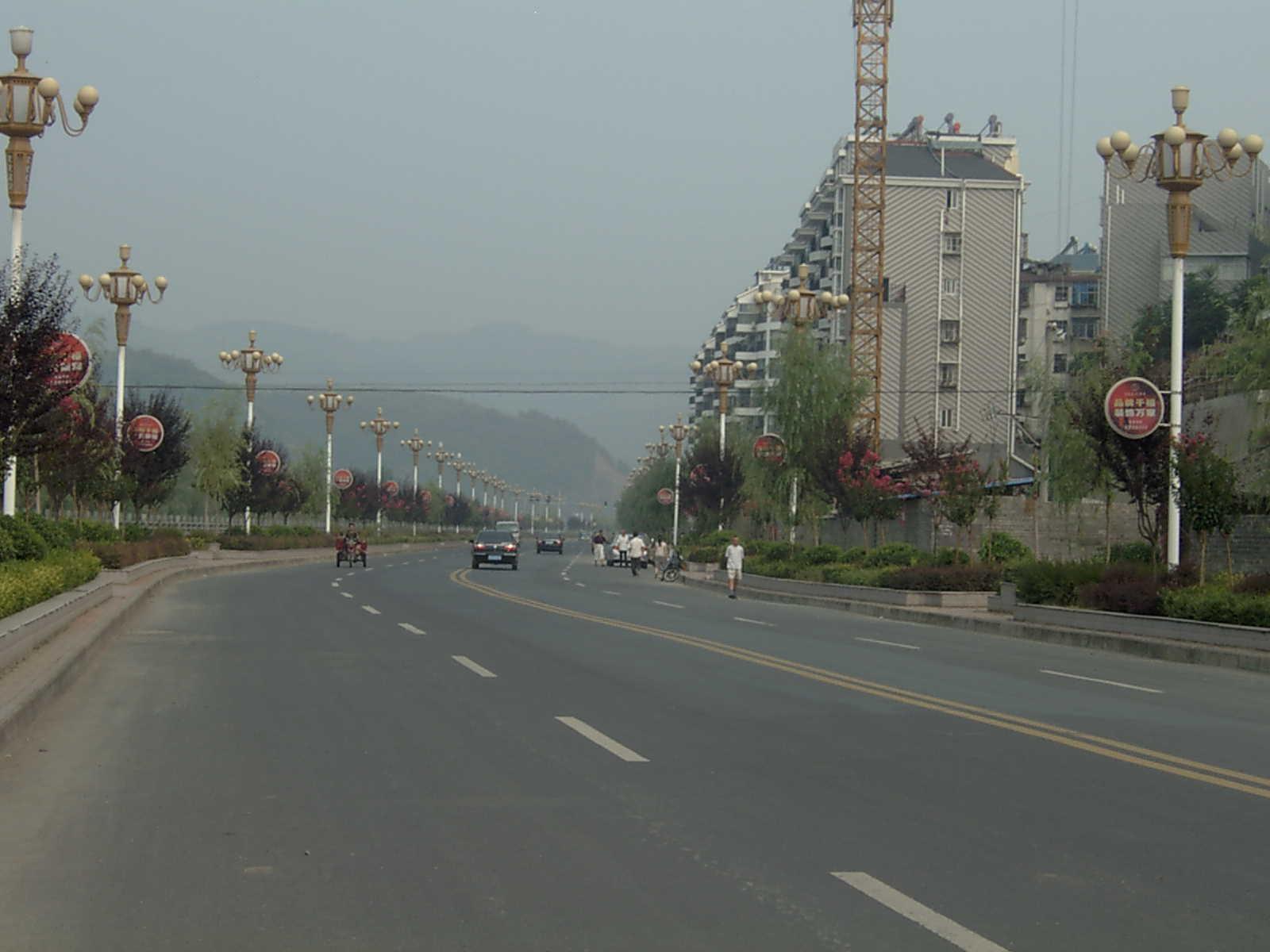 竹山河堤上的风景