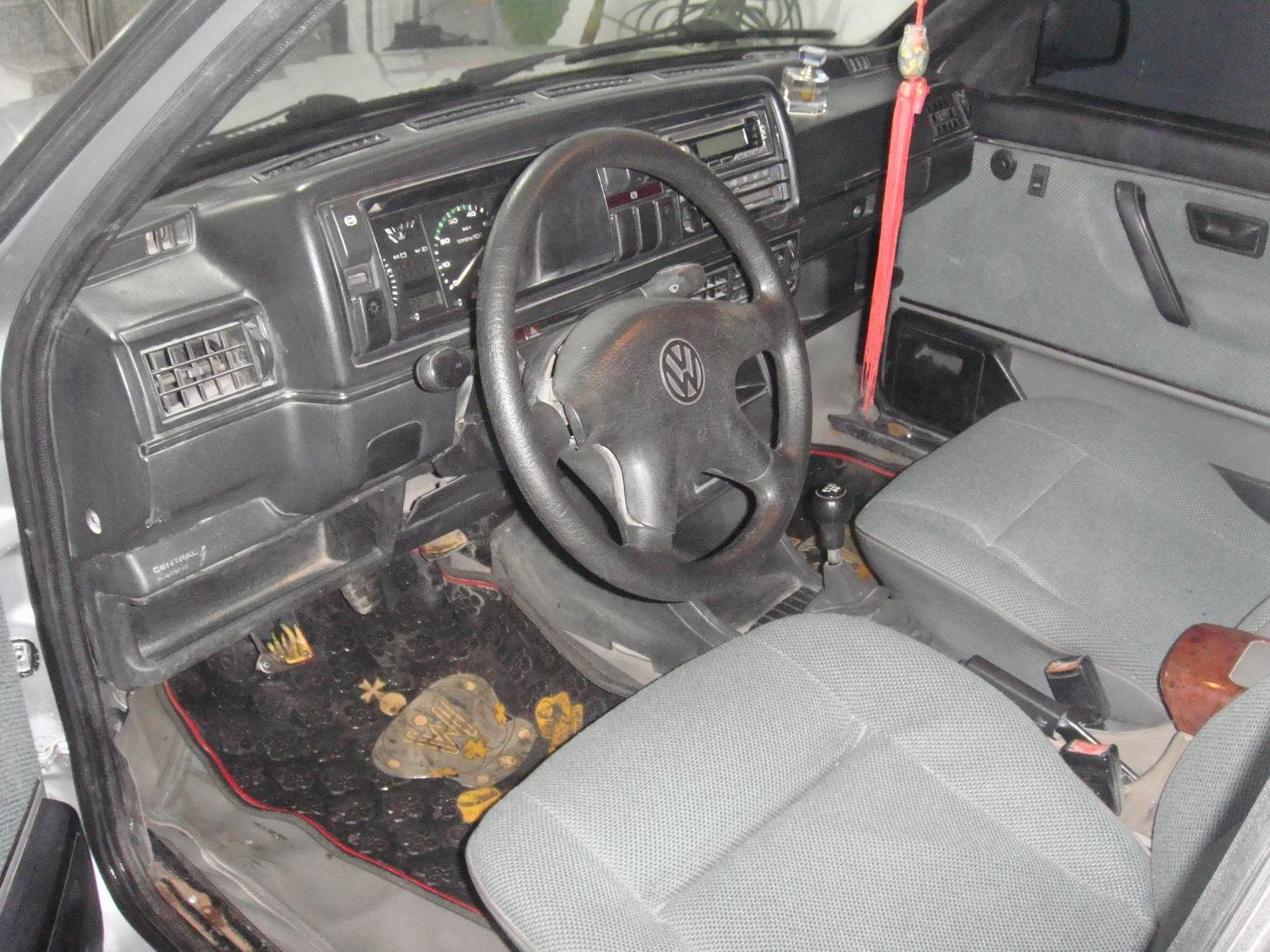 捷达伙伴,老表台,全车没一点伤,05年1月份银灰色,ABS,转向助力,电动门窗,空调,省油,原单位车,手续齐全,机油防冻液正时皮带都刚换完,跑了10万公里。低价出售,一口价3万8千元。电话04397891122接受换车 联系我时请说明是在白山网看到的