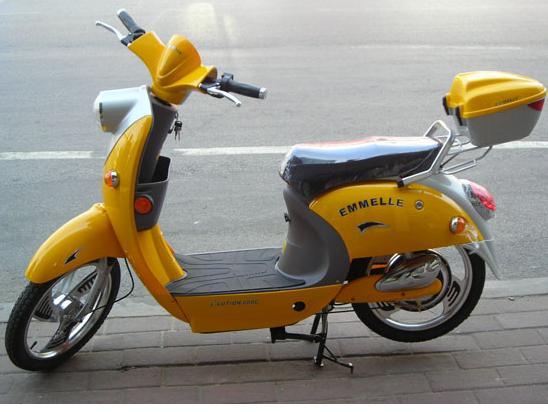 ***低价出售九成新电动车及摩托车***