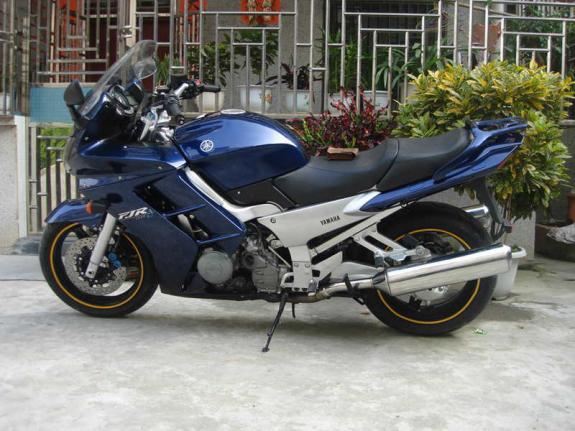 雅马哈1300AS 摩托车