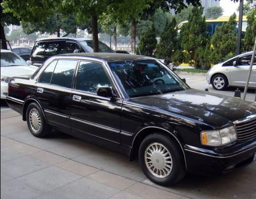出售豐田皇冠3.0