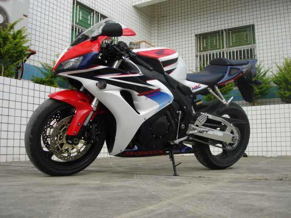 本田 CBR1000RR