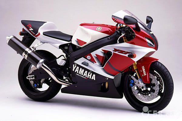 雅马哈YZF-R7    2800 元