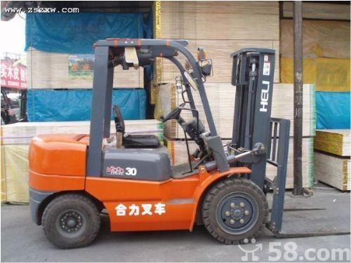 山東哪里有叉車市場3噸內燃平衡重式柴油叉車多少錢