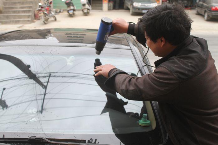 汽车贴膜施工