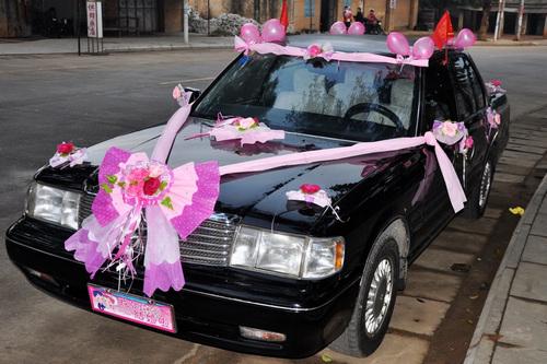 皇冠小轎車出租