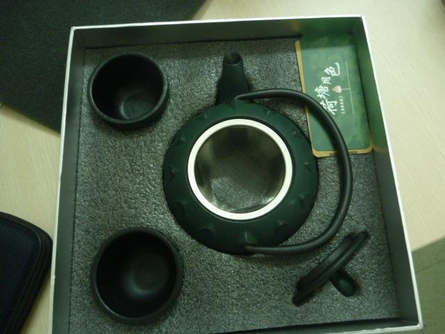 铁壶世博特许产品