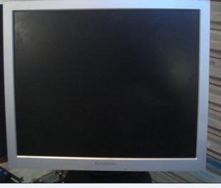 原装17寸前银后黑联想二手液晶显示器标屏