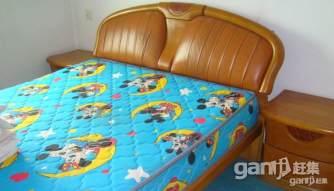 急转真皮床头板式双人床带2床头柜原价3600 - 1200元 - 1200元
