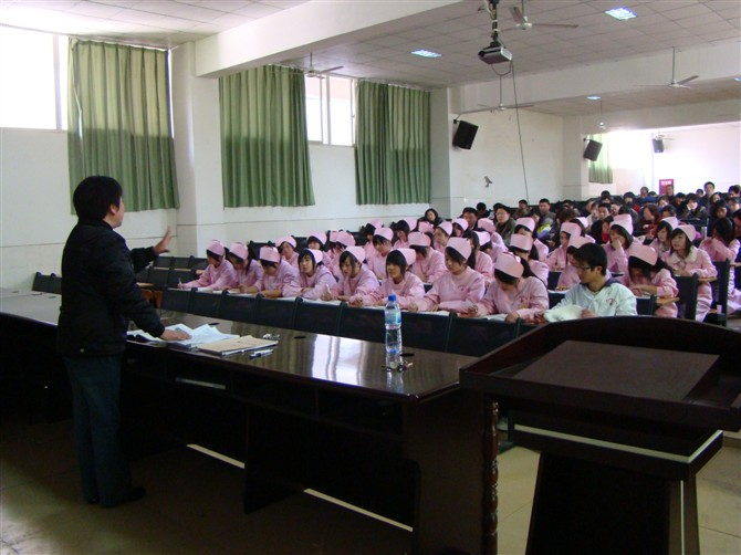 科学技术学校(国家级重点)