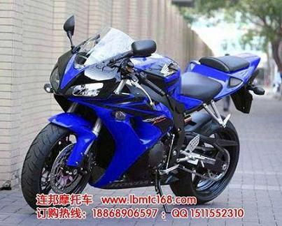 新款上市本田摩托车cbr250跑车
