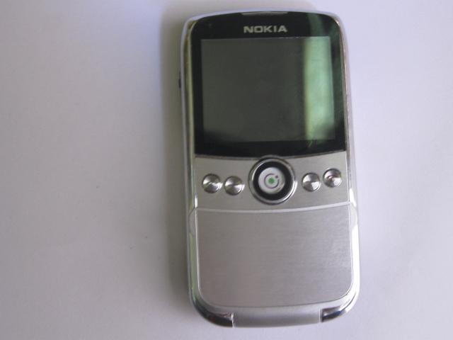 诺基亚8830v