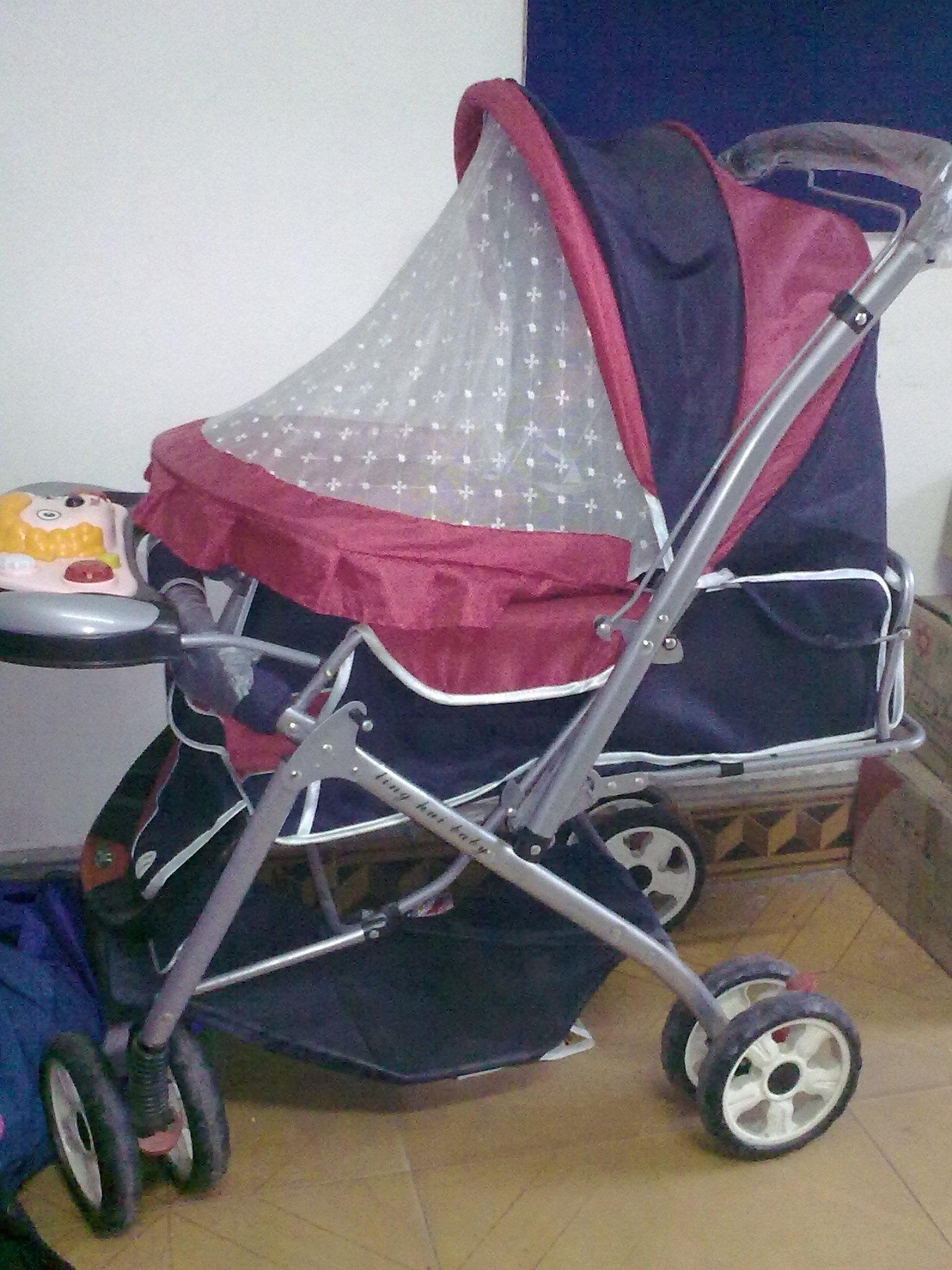 轉讓瀘州九成新嬰幼兒推車