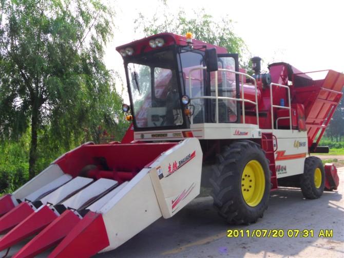 东方红1104拖拉机带2.8米双轴旋耕机12.8万;07年东方红904拖