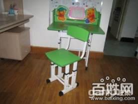 9层新儿童学习桌椅