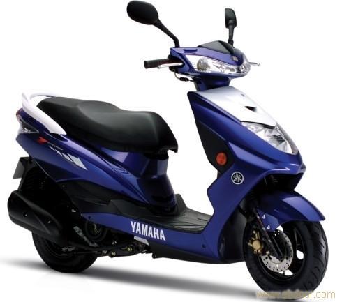 銷售125踏板摩托車迅鷹雅馬哈2000元