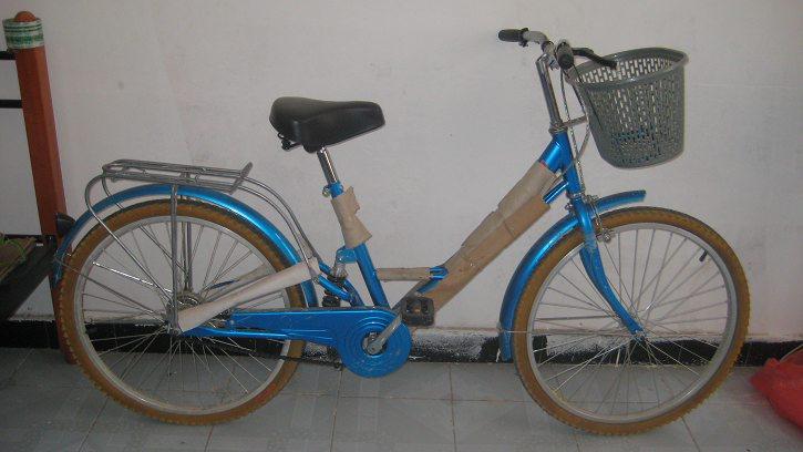 99成新休閑時尚女式自行車,折疊自行車轉讓