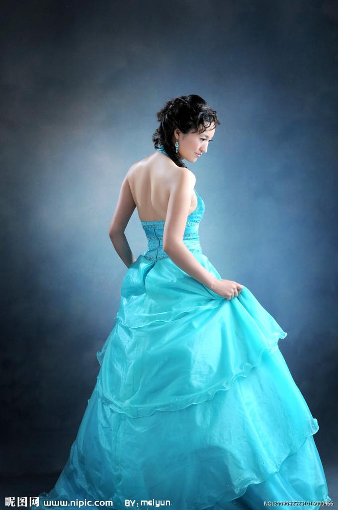 圣玛莉婚纱写真摄影:超值好礼,疯狂特惠,席卷大港!