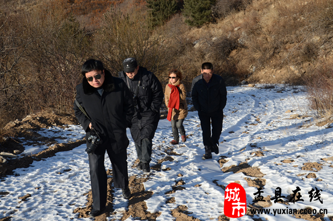 昨天下午山西电视台春晚栏目组在尖山自然风景区采访