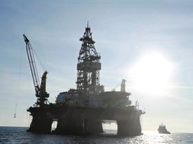 [转贴]海洋石油981南海首钻成功