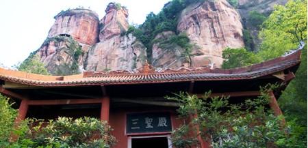 瀘州天仙硐風景區邀您五一暢游