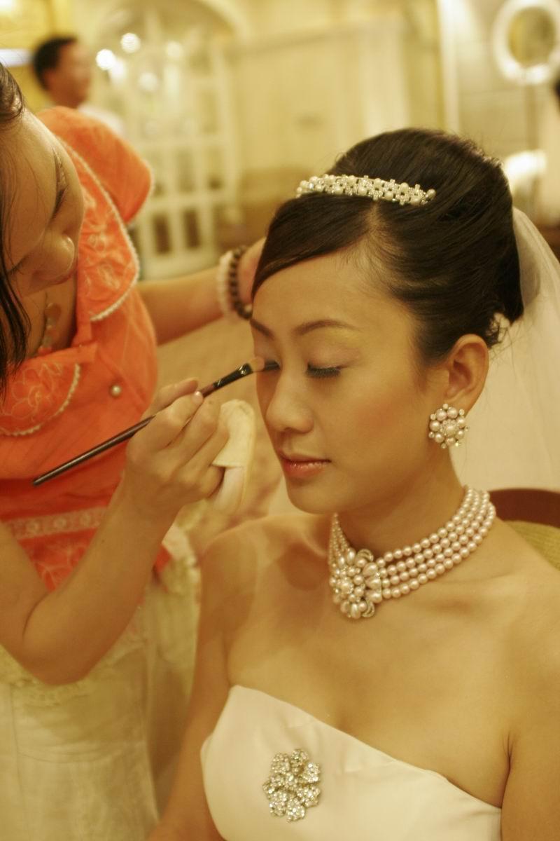 阿秋,化妆师