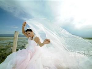 吐鲁番白宫婚纱摄影城堡