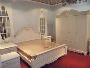 力军力床类家具