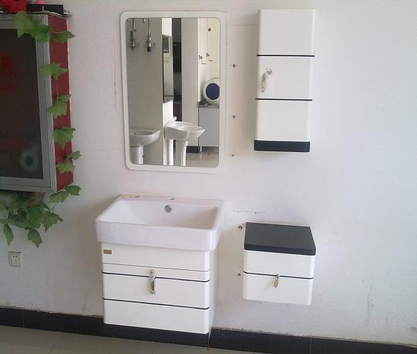 金戈浴室柜