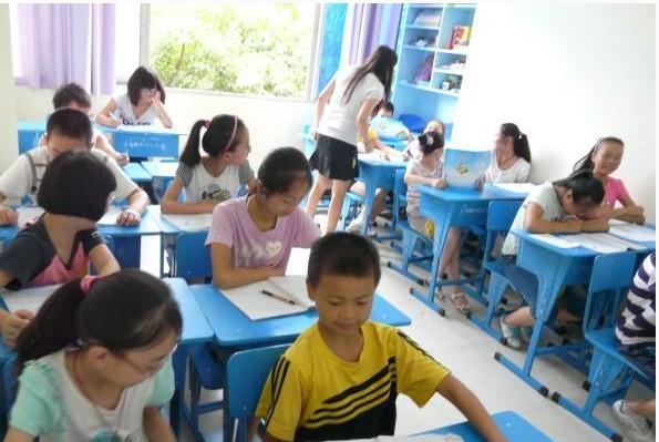 廣安牛津英語豐富多彩的課堂