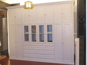 �白��W衣柜