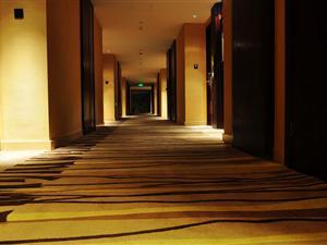 安静的楼层走廊