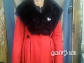 羊绒大红大衣 - 500元