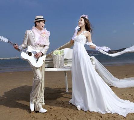 超级国际婚纱摄影有奖活动