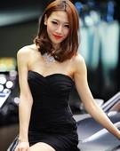 2011广州车展香车美女