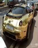 黄金版法拉利599街拍