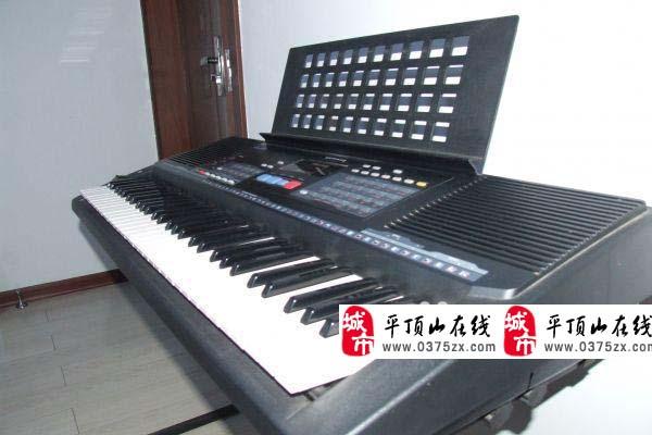 轉讓一臺雅馬哈KB210電子琴考級專用琴