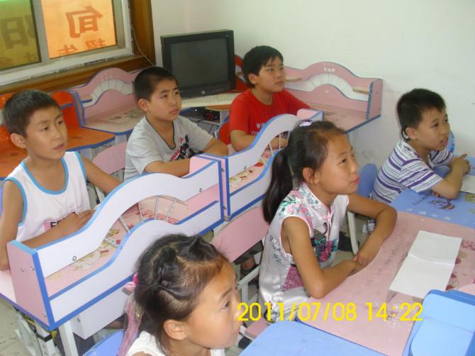 常年招收小學1-6年級,初中1-3年級在校生