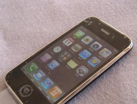 99成新美版苹果3G,成色新,没怎么用过,完美越狱