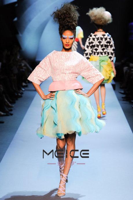 武汉形象设计培训 色彩搭配培训 时尚买手培训