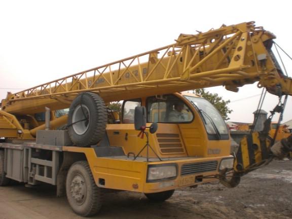 出售20吨吊车