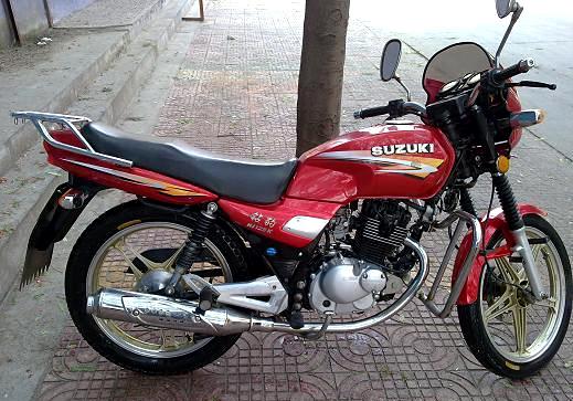 豪爵砖豹摩托车