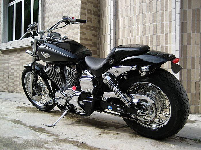 碣石骑士摩托车二手进口本田巡航太子05黑寡妇400