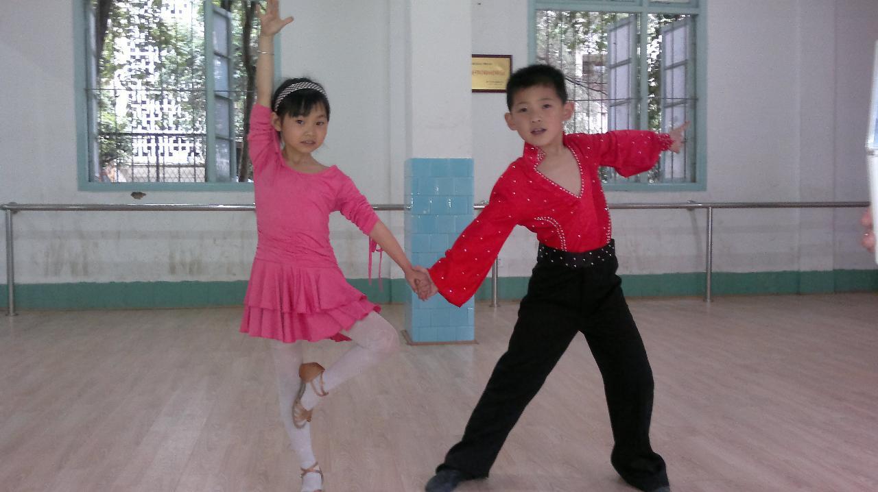 建阳爱尚少儿拉丁舞培训中心暑期招收新生
