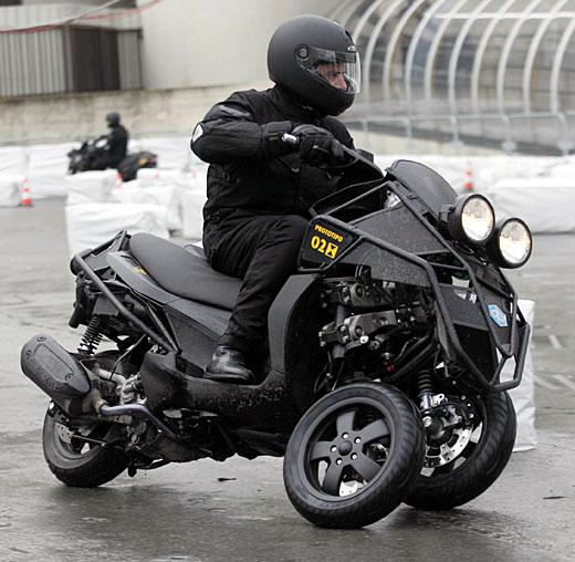 比亚乔mp3摩托车