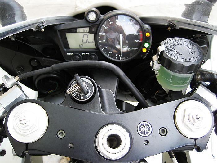雅马哈摩托车YZF-R1(豪华加长版)