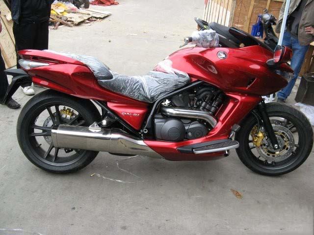 本田摩托车DN-01